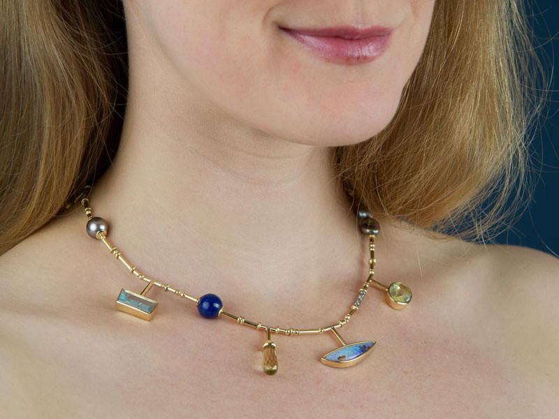 Camille: recycled jewellery necklace, UNIcréa winner